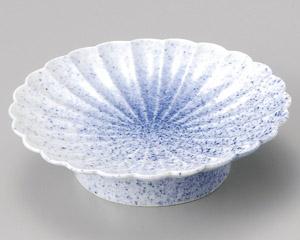 墨吹菊形高台皿
