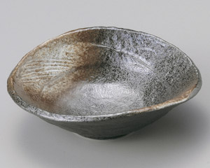 白吹天目扇中鉢