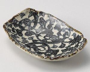 タコ唐草楕円皿