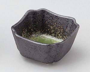 備前織部吹き角小鉢