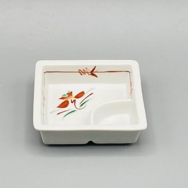 赤絵花紋仕切鉢(在庫27個限り) 画像