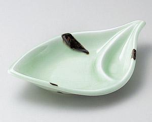 緑葉千代口付皿