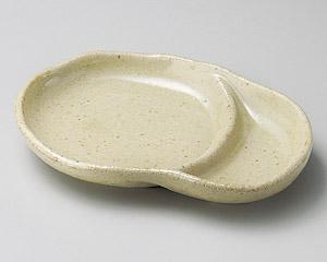 うす茶うのふ変形仕切皿