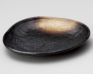 黒備前金茶吹三角小皿
