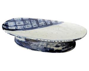 安南七宝渦模様高台楕円盛込皿(手造り)
