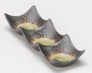 鉄仙花ヒワ四方上り三品皿(小)石目型