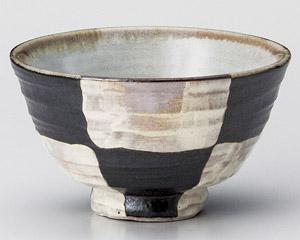 市松黒茶碗