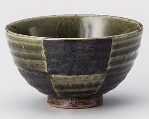 織部市松茶碗