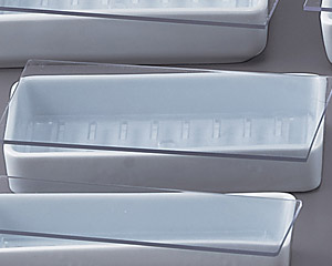 青白磁ネタケース(深口小)サナ付