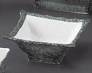 グリーン淡雪笹角4.0小鉢