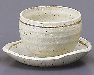 銀彩ゆったりカップと受皿