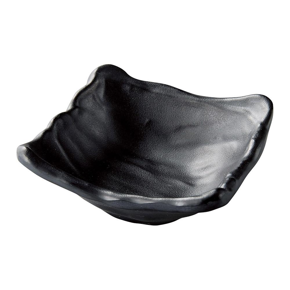 [M]8.9ひねり四方小鉢 黒マット